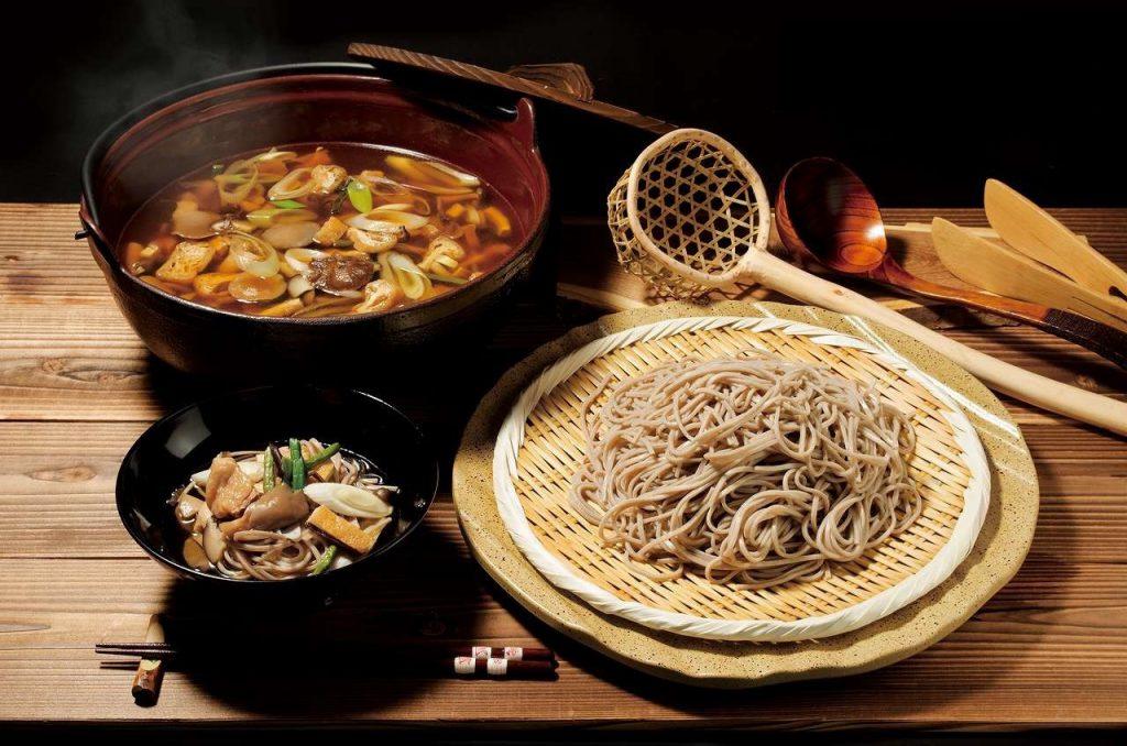信州の郷土料理「とうじ蕎麦」